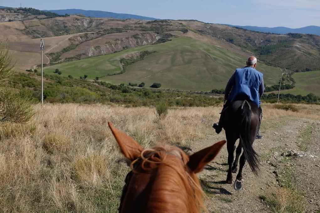 Valdorcia cavallo trekking